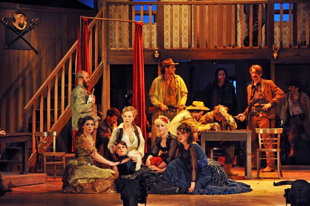 Tombstone - oder Das Duell / Rockwestern von Matthias Straub/ R matthias Straub/ K Carola Volles / B Till Kuhnert / Premiere: 5. Oktober 2013 / Landestheater Coburg